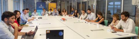 La mesa nacional de gobierno abierto se reunió para impulsar nuevas políticas de apertura y participación